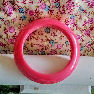 Vintage Bubblegum Pink Saucer Bangle 50's-60's